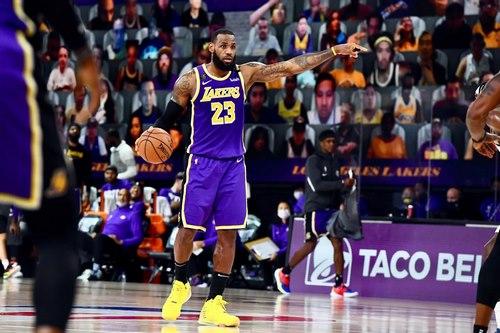 شرط بندی بسکتبال nba با بونوس ۲۰۰ درصدی و درگاه بانکی